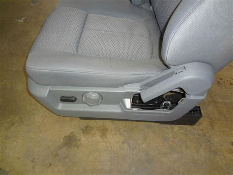 sell    toyota tundra front seats pair grey