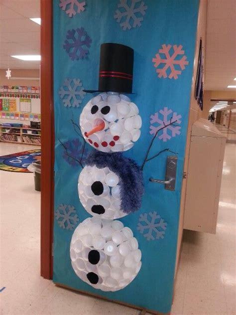 snowman door decoration dubbed  sparkles