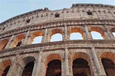 ingresso al colosseo ingresso gratuito al colosseo di roma risparmi 12 00