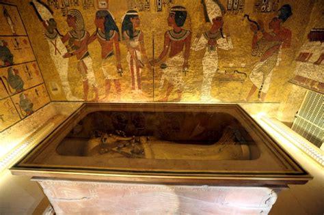 la chambre secrete le tombeau de toutankhamon recèlerait deux chambres