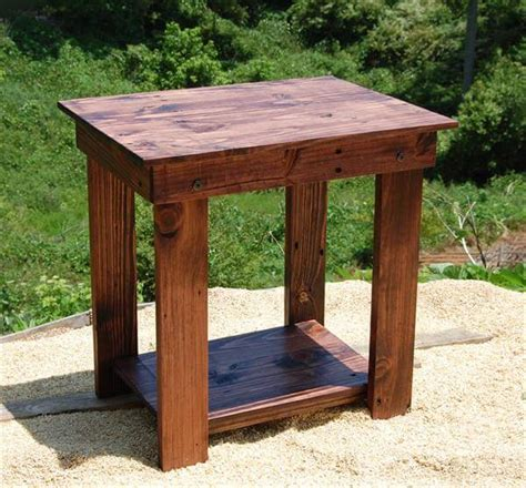 diy wood end table diy pallet side table end table and bedside table 101