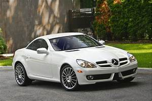 Image: 2010 Mercedes-Benz SLK-CLass, size: 1024 x 682