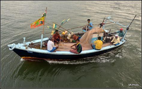 Fishing Boat Engines India by Fishing Boat India Travel Forum Indiamike