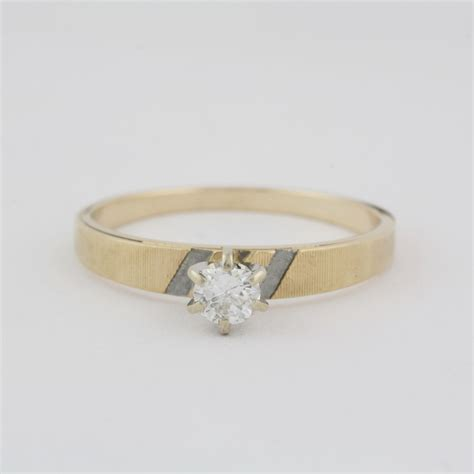 pre owned 14 karat yellow gold diamond engagement set pre owned 14 karat yellow gold solitair engagement ring