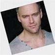 Elliot Cowan | Official Site for Man Crush Monday #MCM ...