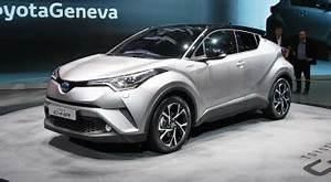 Nouvelle Toyota Chr : toyota c hr hybrid 2017 essai video prius sexy crossover hybride prix avis date de ~ Medecine-chirurgie-esthetiques.com Avis de Voitures