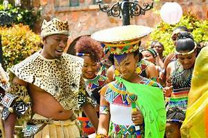 10 beautiful african traditional wedding attires culture for Typical wedding photos