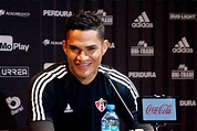 El futbolista Anderson Santamaría se luce con nueva pareja ...