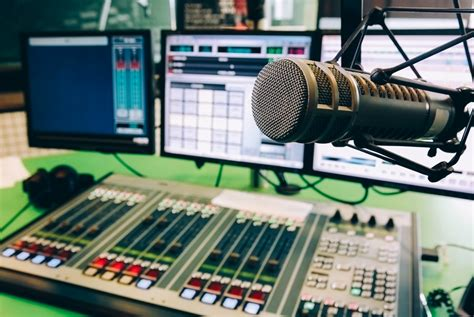 Best Radio Stations The 10 Best College Radio Stations Gear Patrol