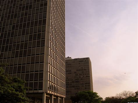 Lafayette Towers To Be Sold To Detroit, City Looking For