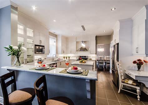 re lumineuse cuisine armoires de cuisine blanche chêtre en bois laval montréal