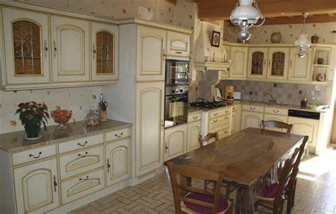 cuisine laurent cuisines rustique tradition couleur cuisines laurent