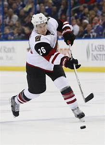 Arizona Coyotes Trade Michael Stone To Calgary Flames