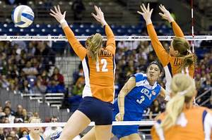 Women's volleyball loses fifth-set lead in fall to ...