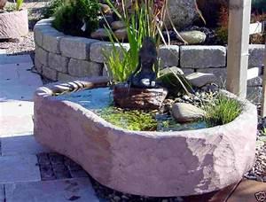 mini teich mit bronzefigur springbrunnen wasserspiel With garten planen mit mini brunnen balkon