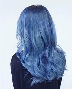 Blaue Haare Ombre : die besten 25 blaue haare ideen auf pinterest dunkelblaue haare dunkelblaues haarf rbemittel ~ Frokenaadalensverden.com Haus und Dekorationen