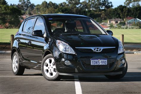 Hyundai I20 Photo by 2011 Hyundai I20 Review Photos Caradvice