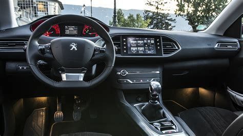 Peugeot 608 2015 Interior Gallery