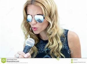 Female Rock Star Royalty Free Stock Photo - Image: 10258445