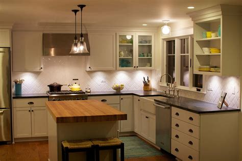 Kitchen Lighting Options Photos by Pin By Leslie W On Kitchen Ideas Kitchen Cabinets Light