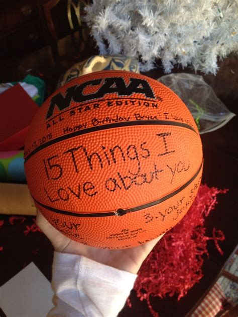 good christmas presents for boyfriends in high school 25 best basketball gifts ideas on basketball stuff basketball crafts and