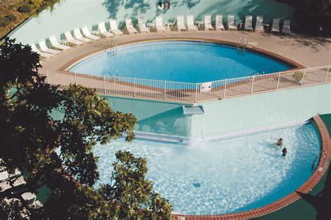 arlington resort hotel spa coupons    hot