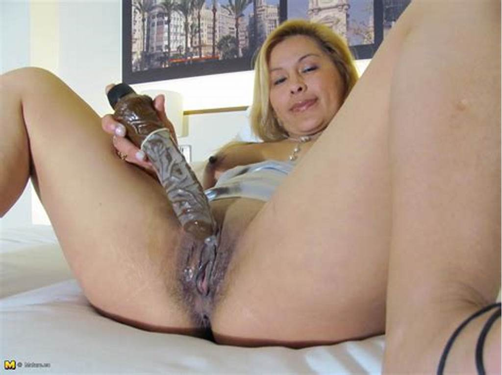#Hot #Wet #Mature #Pussy
