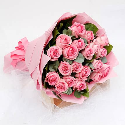 Online Passionate 20 Pink Roses Bouquet Gift Delivery in