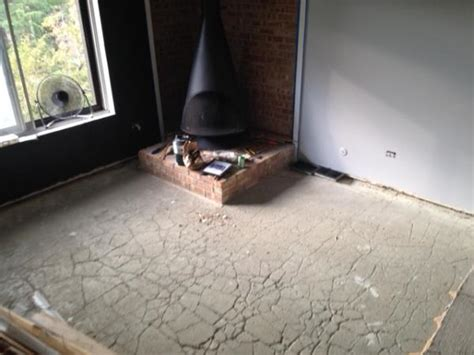 linoleum flooring do it yourself vinyl plank flooring with cracked concrete base doityourself com community forums