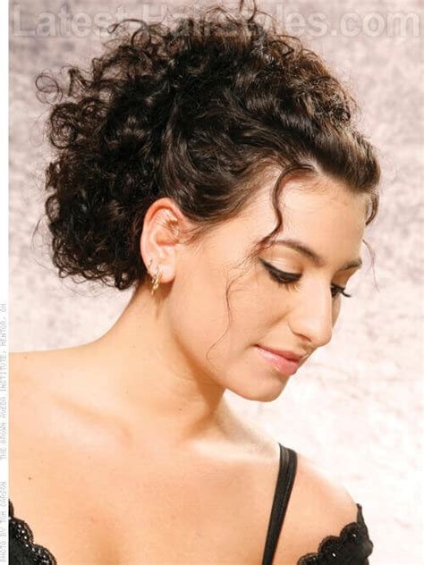 hair up curly styles 33 ridiculously easy diy chic updos 6914