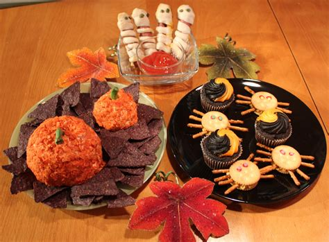 treats to make make these easy and festive halloween treats triangle arts and entertainment