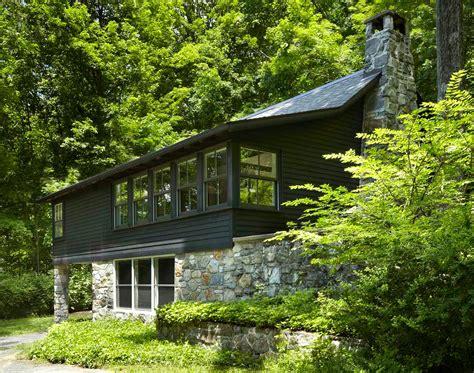 upstate log cabin transformed    room family home sqft