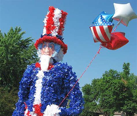 fourth  july parade floats skip   lou