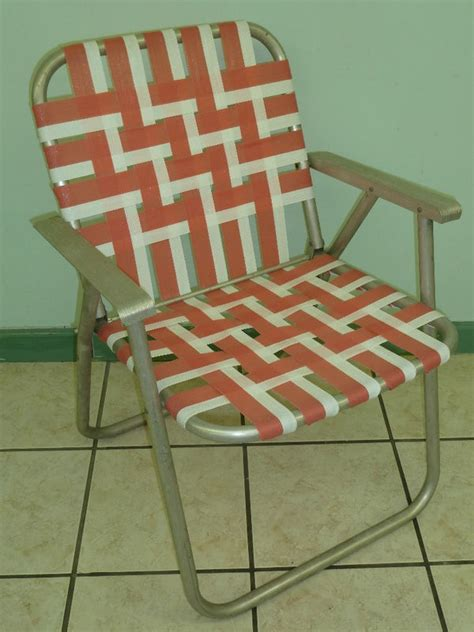 vintage aluminum folding webbed lawn chair melon we