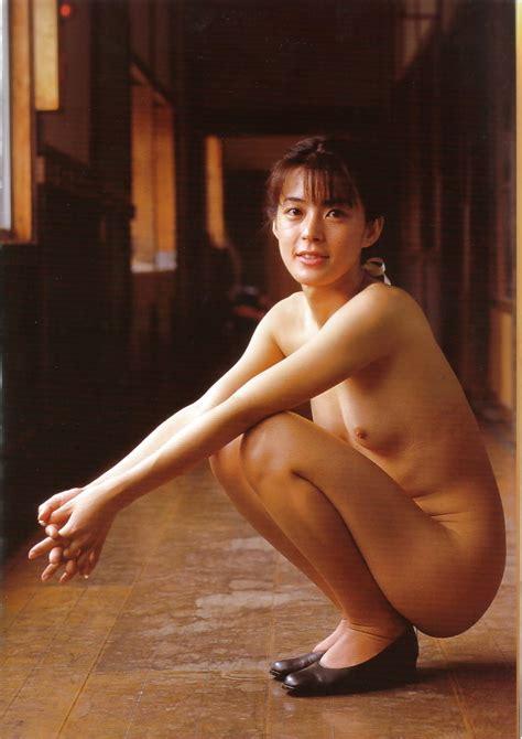 Nozomi Kurahashi 25 Pics