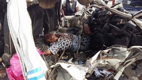 At Least 10 Persons Die In A Fatal Accident Along Lagos/ib