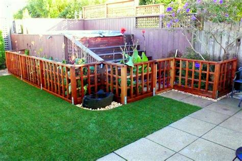 Low Garden Trellis by Low Trellis Fence For A Garden To Keep Out Ideas