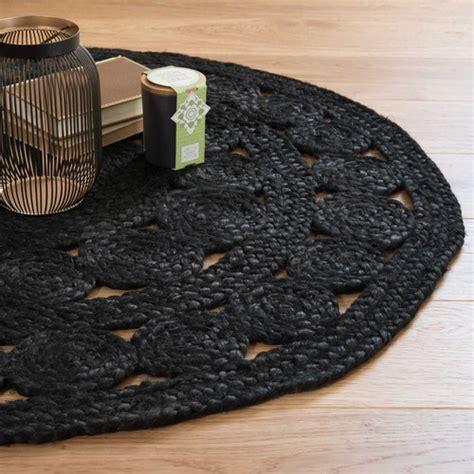 tapis rond en jute noir   cm ebene maisons du monde
