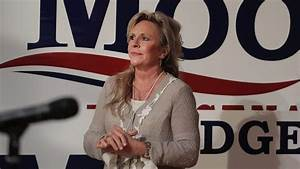 Kayla Moore, Roy's Wife: 5 Fast Facts You Need to Know ...