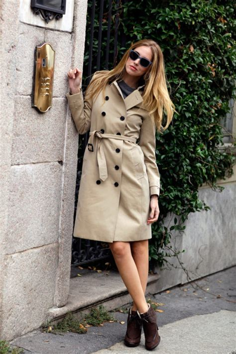 Trench Coat Outfits Give You That Inspiration