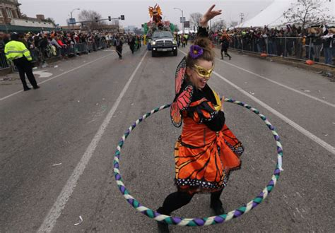 Mardi Gras Grand Parade Is Filled With Costumes, Alcohol