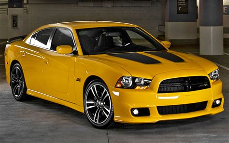 dodge charger srt super bee  test motor trend