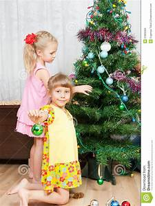 Children Decorate The Christmas Tree Stock Images - Image ...