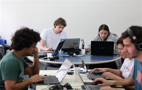 build  highly effective software development team
