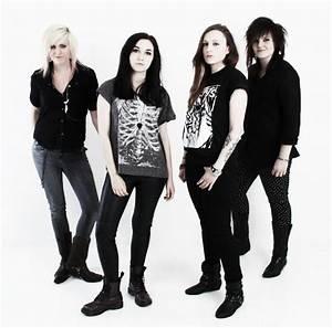 Meet All Girl Rock Band - Lyxx | - Music Crowns