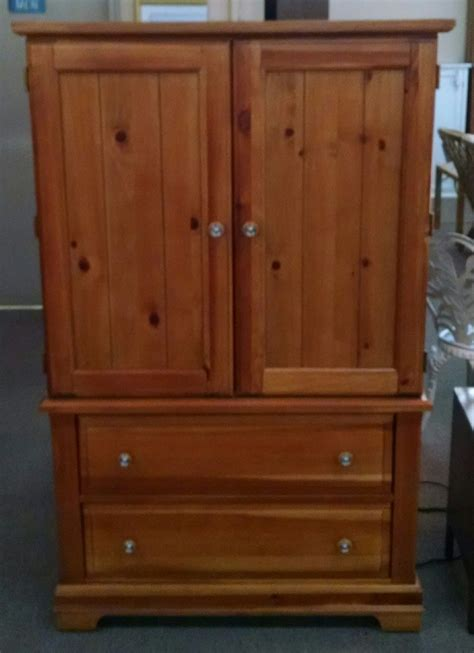 broyhill pine armoire delmarva furniture consignment