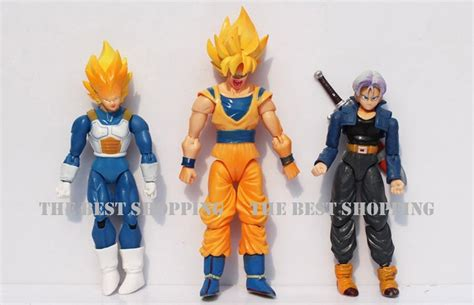 una figura dragon ball  goku vegeta trunks gohan