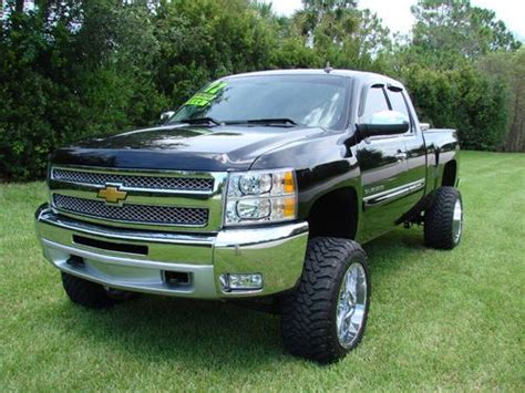 sell  lifted  chevy  fuels  florida owner