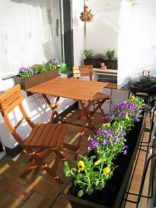 Loungemöbel Für Kleinen Balkon : 77 praktische balkon designs coole ideen den balkon originell zu gestalten ~ Sanjose-hotels-ca.com Haus und Dekorationen