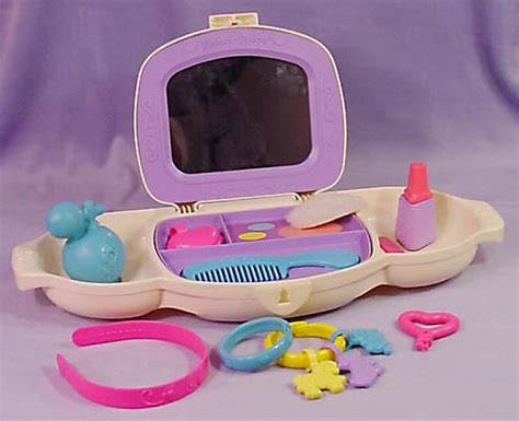 2003 fisher price dress up vanity